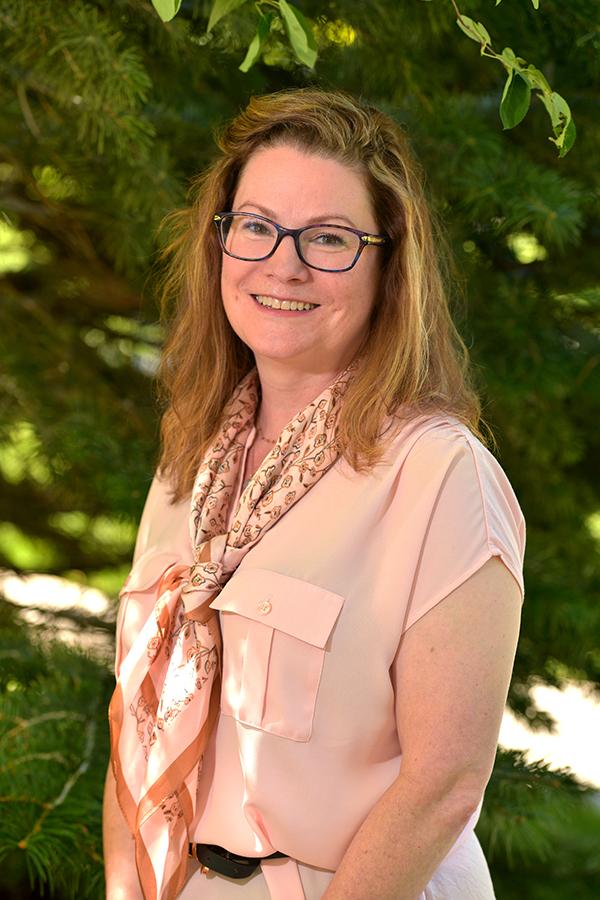 Angela Vondra
