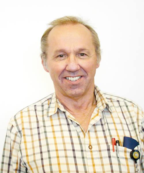 Bob Hodges -- 500 x 600