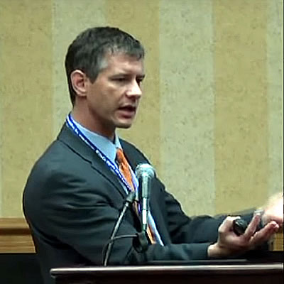 Dr. Christopher Raeburn speaks at ThyCa conference