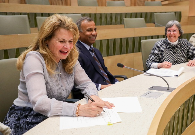 Joanne Posner-Mayer Signing Chair Document
